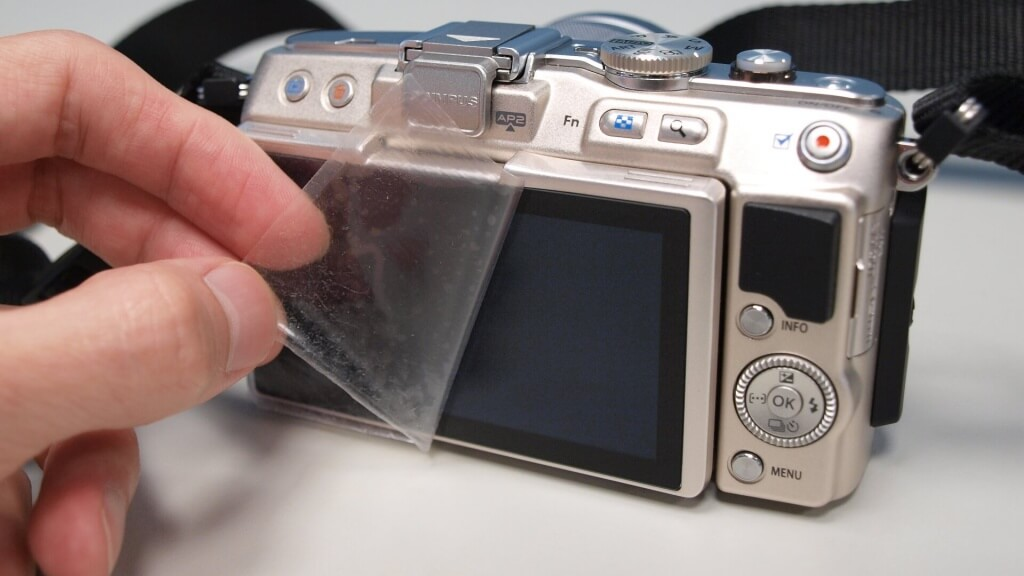 camera-screen-protector-diy-7